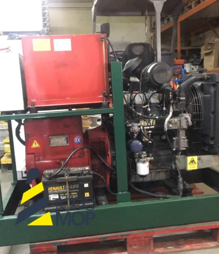 Generador MECC ALTE SPA con motor Lombardini 4069172