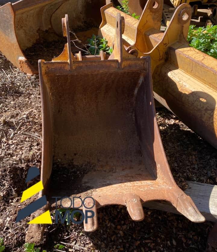 Cazo usado para Mixta CASE 580 G